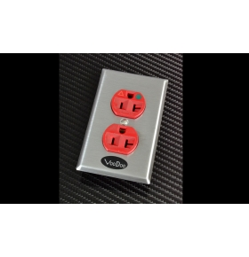 VooDoo Hubbell IG 8300 Audio Grade AC Outlet